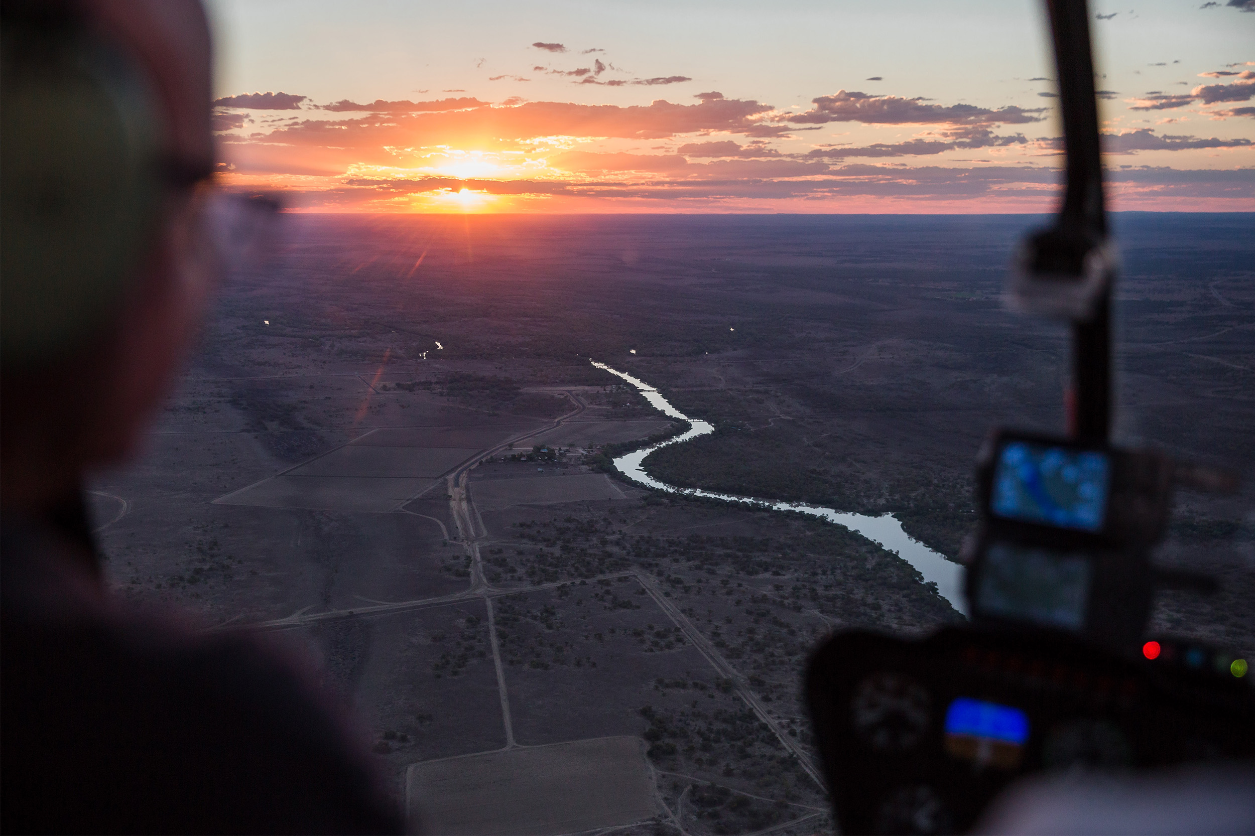Queensland Helicopters - contact - sunset from helicopter
