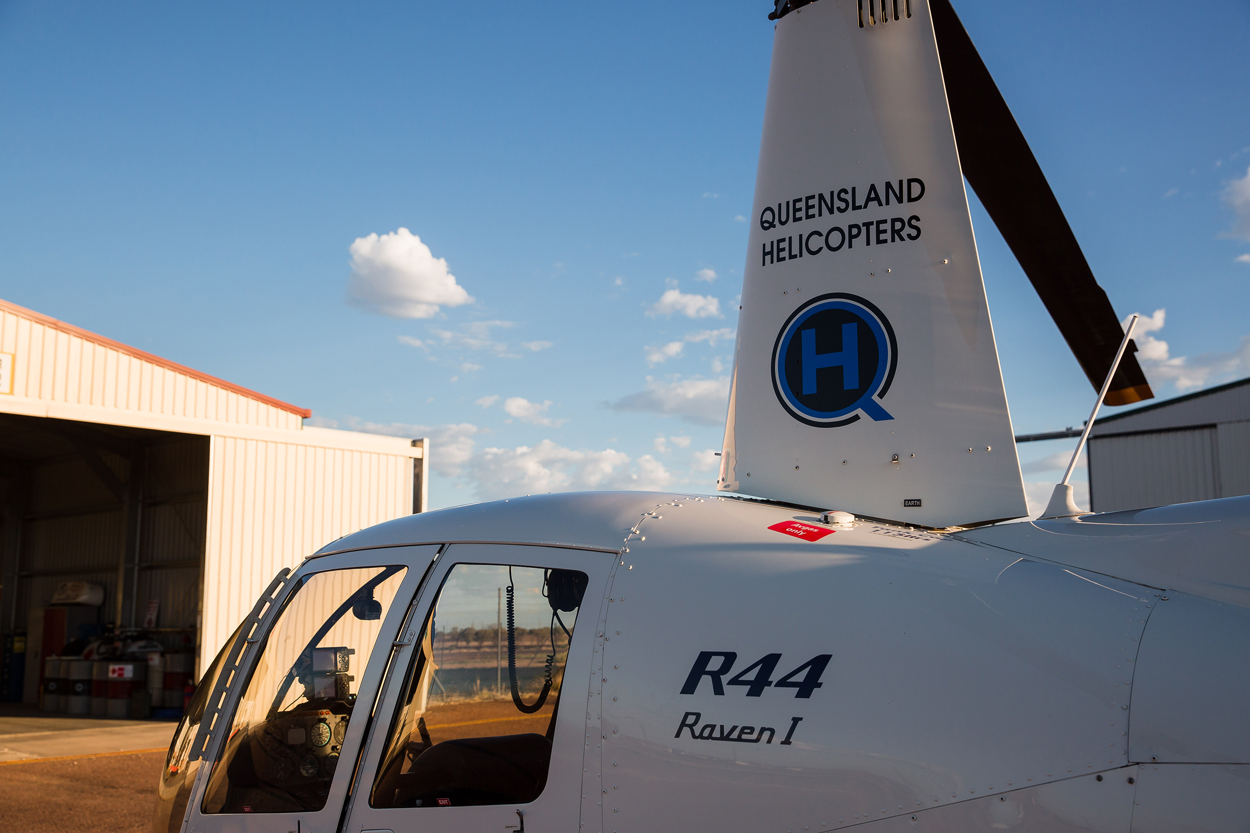 Queensland Helicopters - fleet and history R44 Raven I